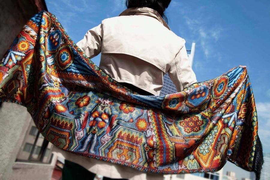 Pineda Covalin, 20 años de folclore mexicano hecho moda