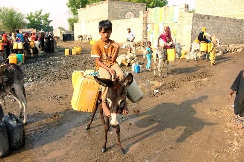 Air strikes maim, scar Yemen's children