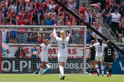 Soccer: U.S. beat Mexico 3-0 in women's World Cup warm-up