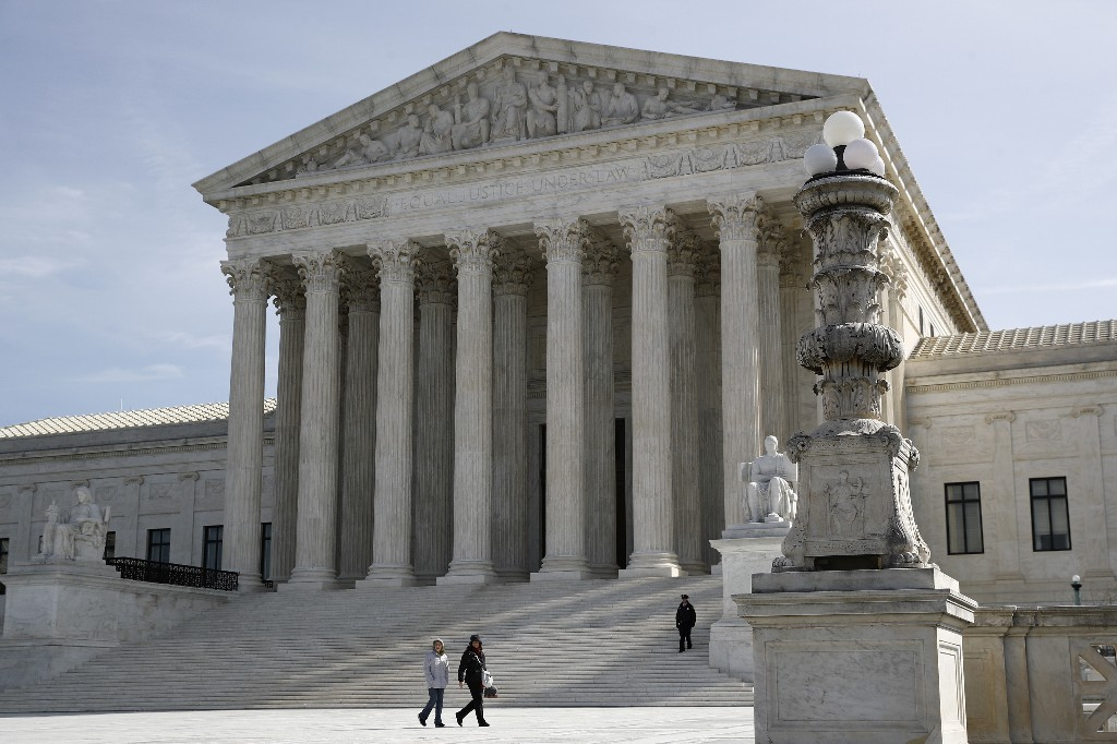 Justices rule for federal employee over age discrimination