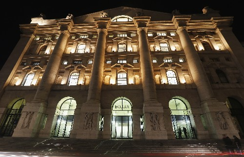 Borsa Milano in due giorni cede circa 4% su Usa-Cina, giù Stm, Pirelli, tengono banche