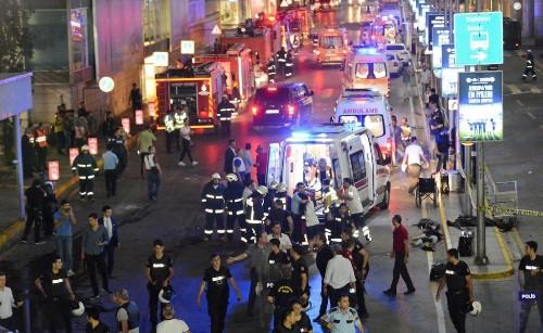 Haftaya genel bakış: Istanbul Atatürk havalimanı terör saldırısı