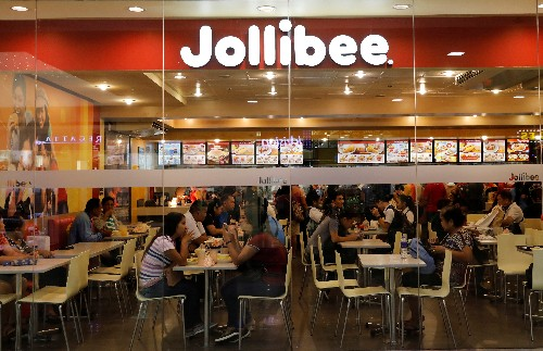 Philippines' Jollibee buying Coffee Bean & Tea Leaf in overseas expansion