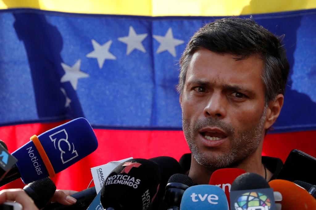 L'opposant vénézuélien López fuit en Colombie