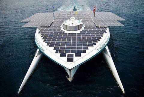 """1st boat to use solar energy travelling around d world called as """"PLANET SOARAL"""""""