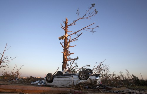 Deadly Tornadoes in Pictures