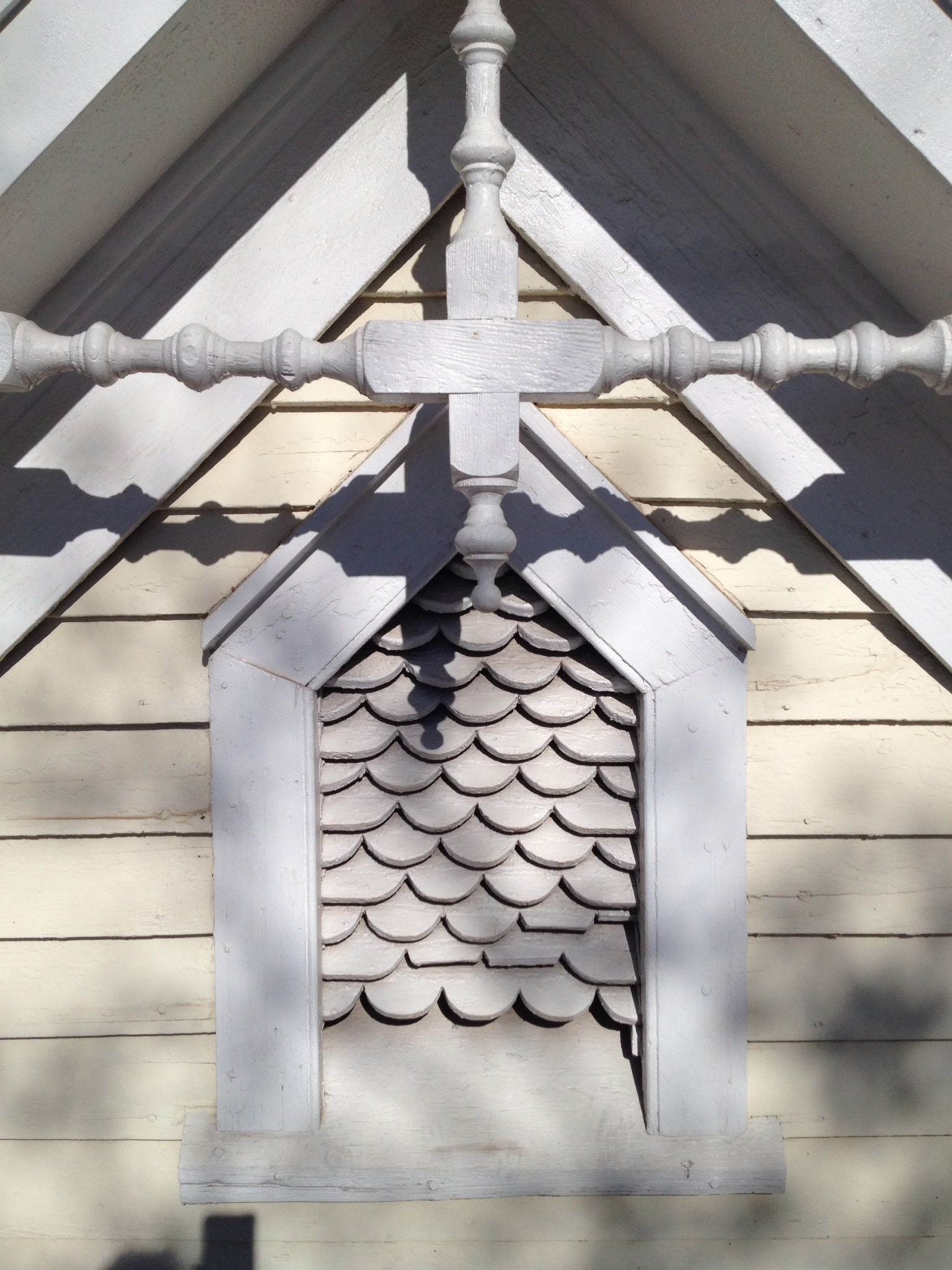 Fish scales make for a great Queen Anne detail