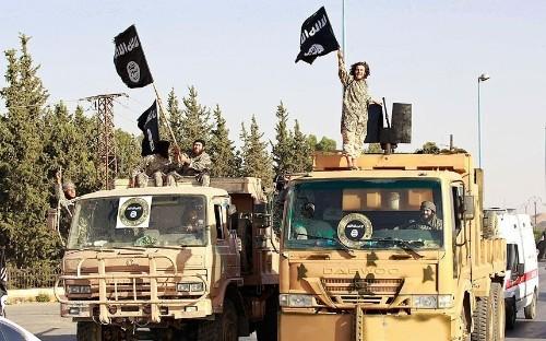 Islamic State kills 270 in Syrian gas field 'massacre'