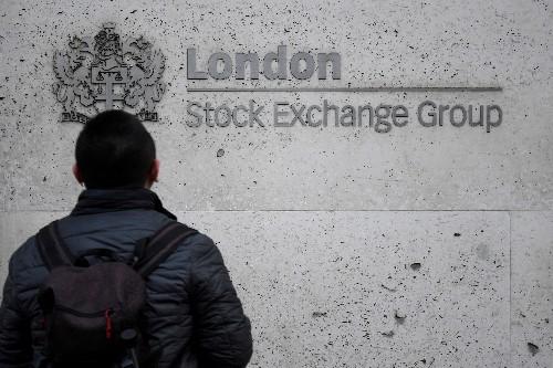 Les craintes pour l'économie plongent les actions dans le rouge