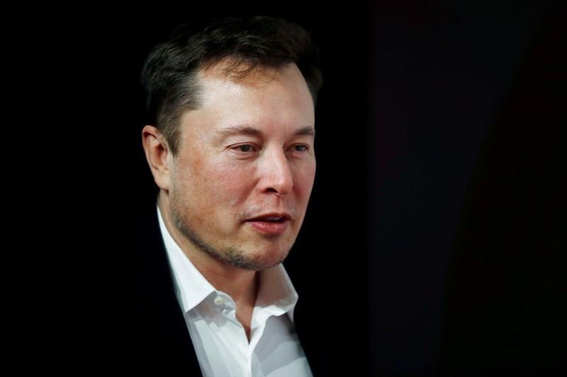 Tesla's Elon Musk calls for breakup of Amazon in tweet