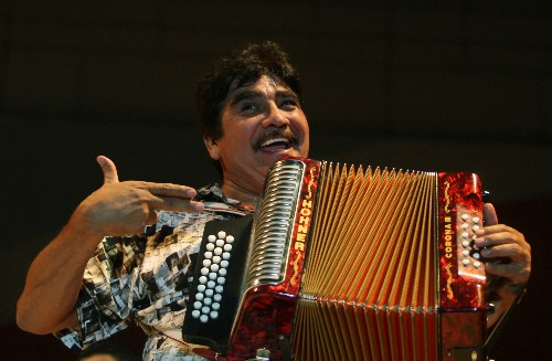 Mexican musician Celso Pina, accordion 'rebel,' dies at 66