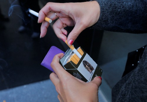 Young women smokers at much higher risk of deadly heart attack