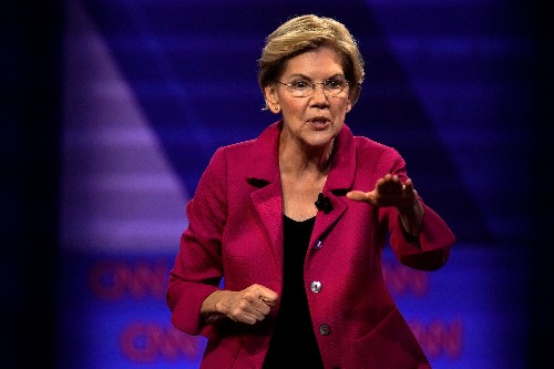 Democrat Warren rejects money from big tech, bank executives in White House bid