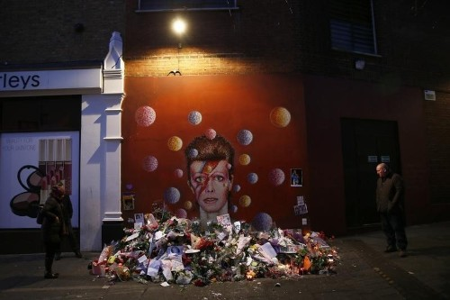 Bowie's will directs his ashes to Bali, splits $100 million estate