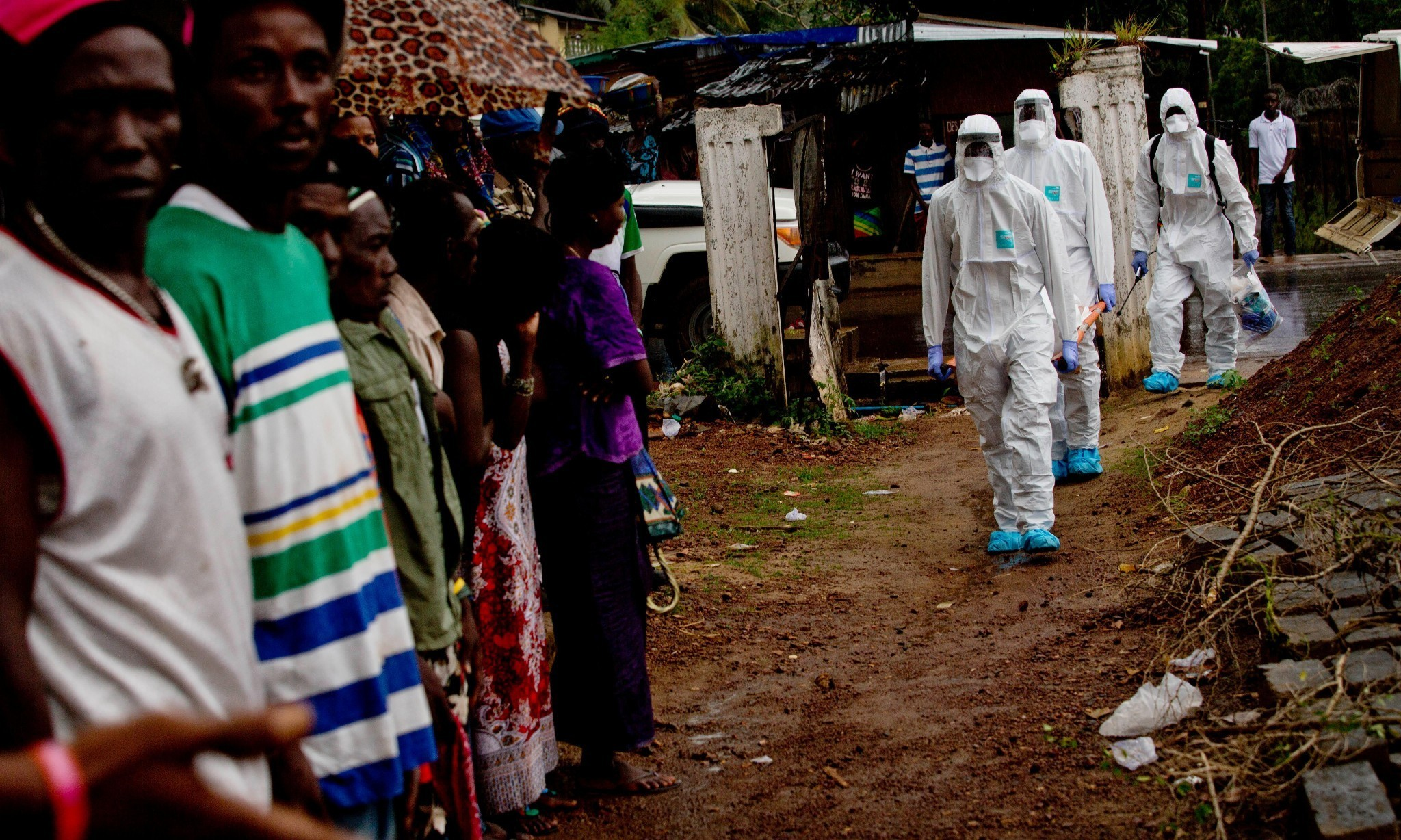 As Sierra Leone counts the days to Ebola all clear, safe burial teams press on