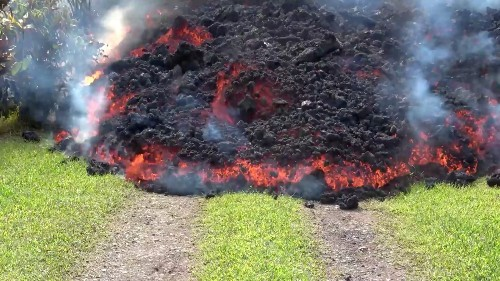 Kilauea Volcano Keeps Erupting in Hawaii: Pictures