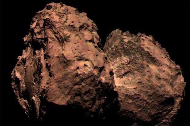 彗星は灰色ではなかった:探査機ロゼッタ、カラー画像を初撮影