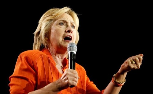 Clinton says she will participate in the three presidential debates