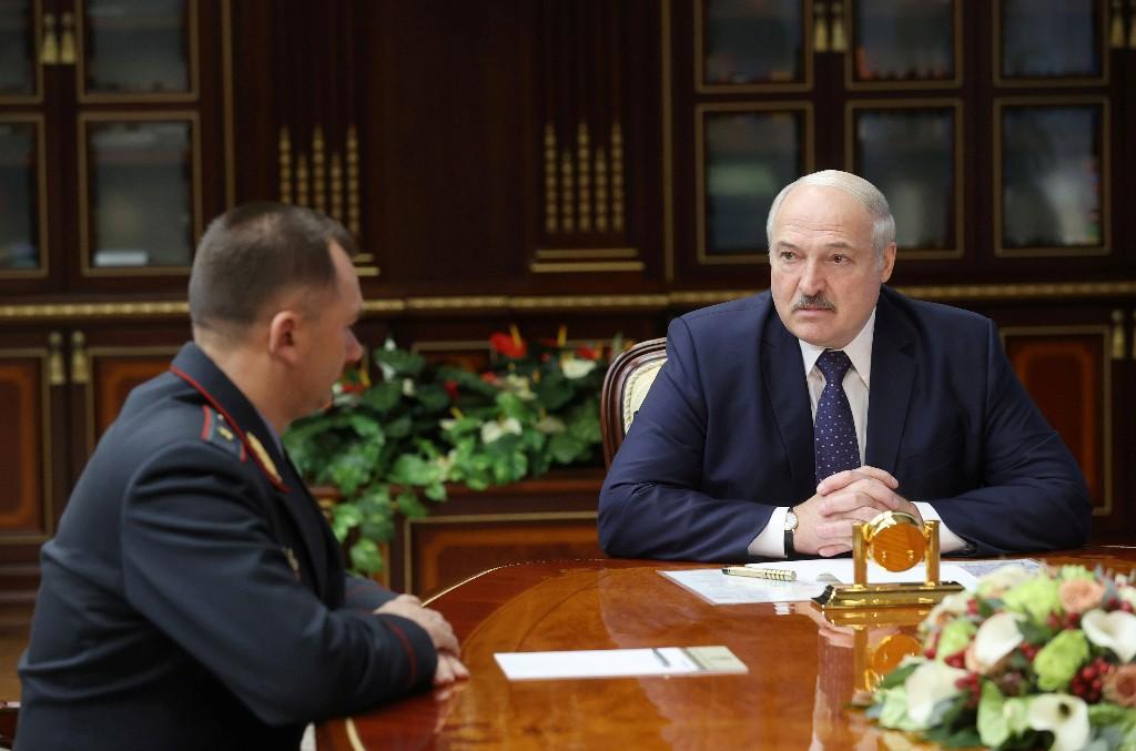 Lukaschenko droht belarussischen Demonstranten mit Gewalt