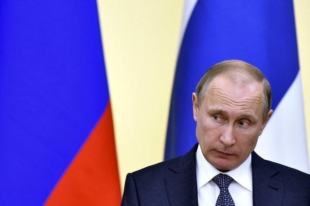 Panama Papers: £2bn Of Secret Deals Lead To Vladimir Putin, Leaked Mossack Fonseca Documents Reveal