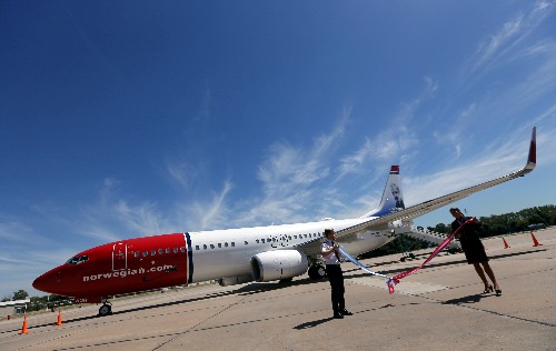 Norwegian Air reschedules aircraft delivery, to cut 2019-20 capex by $2.1 billion