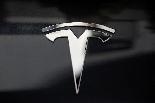 Tesla to shrink board to seven directors from 11