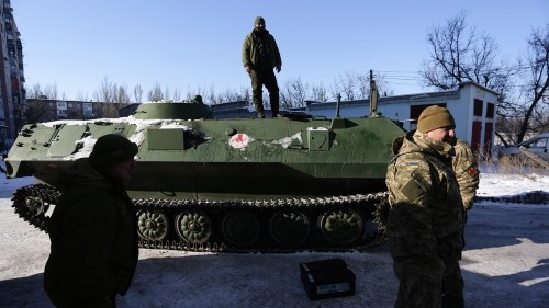 Ukraine: Fighting flares up in eastern town of Avdiivka