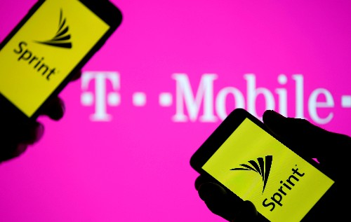 U.S. tells T-Mobile, Sprint to wrap up divestiture deal: source