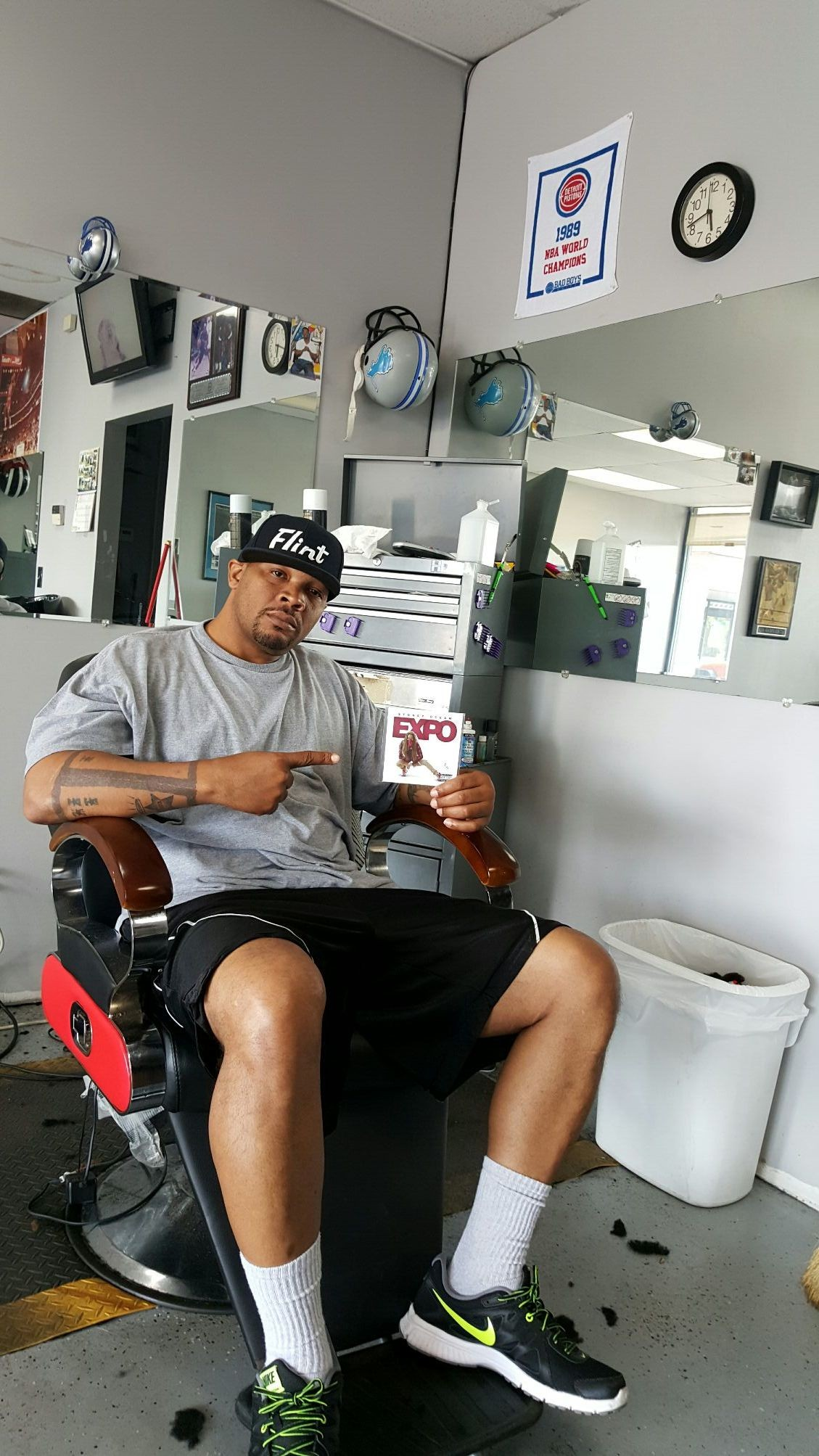 """Got my """"Stoney Ocean Expo"""" cd come get yours at Te' & Jay's Barber Shop 915 Dort Hwy., Suite B Flint, MI 48503 *** walk-ins are welcome *** *** In & Out *** Contact: 810-742-5125"""