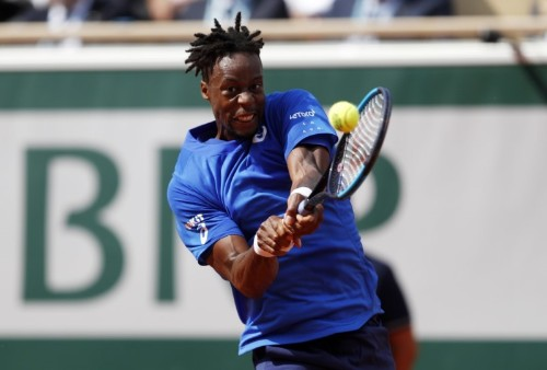Tennis: New focused approach backfires for Monfils