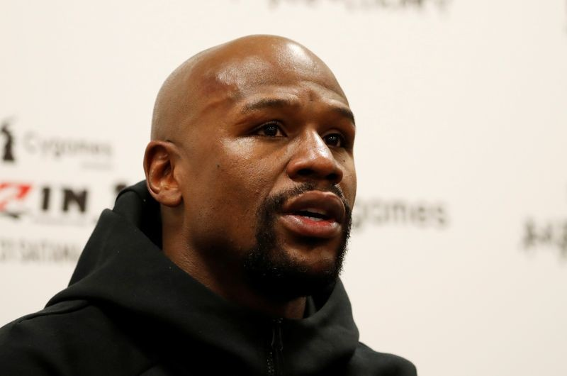 Mayweather to return to boxing ring ... in virtual matchups