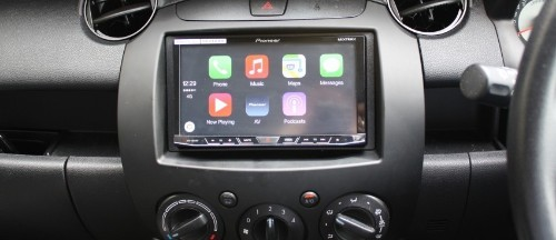 Early Apple CarPlay Reviews Cite Ease of Use, Excellent Siri Voice Integration