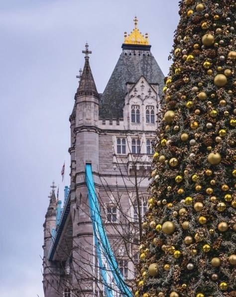 Christmas Tree at tower bridge