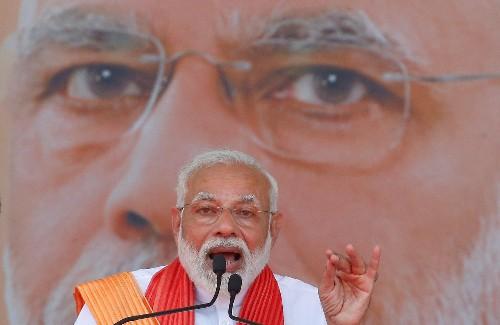 Modi condemns Sri Lanka attacks, says he can defeat the 'terrorists'