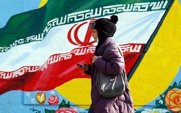 Iran sanctions: Middle East stock crash wipes £27bn off markets as Tehran enters oil war