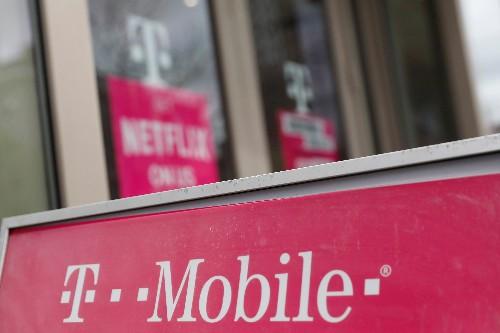 U.S. telecom regulators, Sprint, T-Mobile to agree on deal: sources