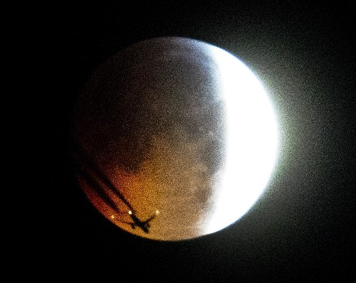 Super Blood Wolf Moon in Pictures
