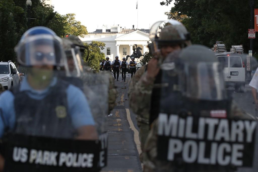 Russian bounties further strain Trump's bond with veterans