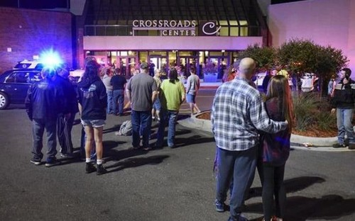 Minnesota mall stabbing: Isil 'claims responsibility' for vicious attack which injured nine people