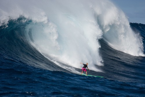 WSL Adds Women's Event to Big Wave Tour