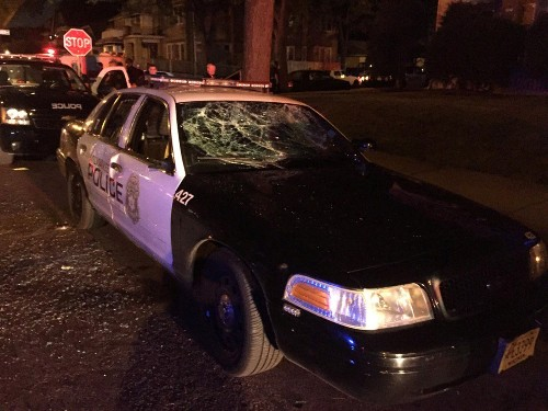 Violence Erupts in Milwaukee After Police Shooting: Pictures