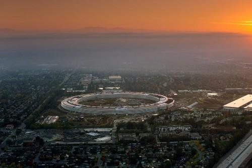 Apple's spaceship campus, Apple Park, opens in April