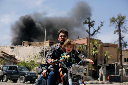 A Day in the Life of Douma, Syria: Pictures