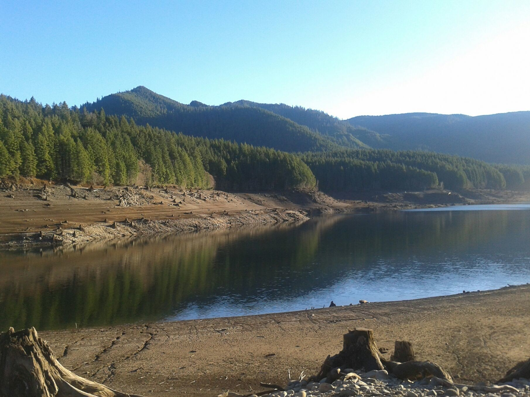 Dretroit lake.