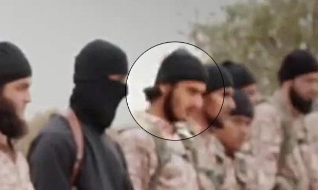 Experts try to identify foreign jihadis in Isis video