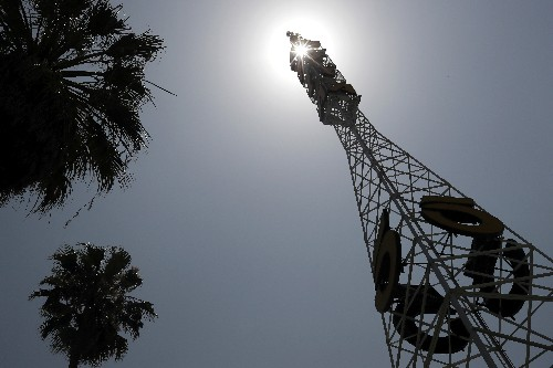 Exclusive: Nexstar clinches $4.1 billion deal to acquire Tribune Media - sources