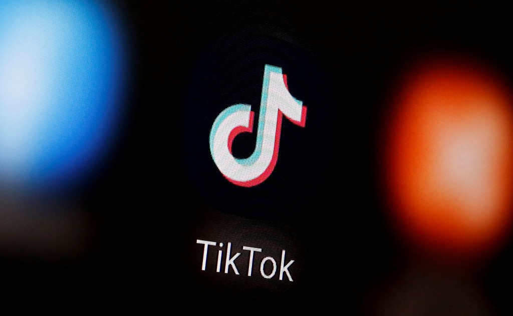 TikTok quits Hong Kong as U.S. giants suspend processing data requests