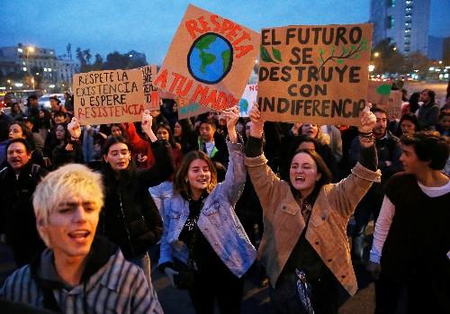 Des centaines de milliers de jeunes mobilisés pour le climat à travers le monde