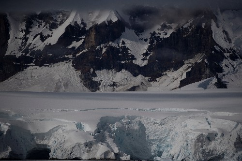 Global warming causing 'irreversible' mass melting in Antarctica: scientist