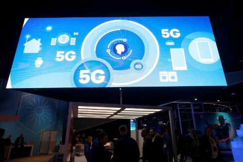 Trump security team sees building U.S. 5G network as option